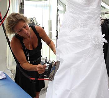 Reinigung Brautkleid