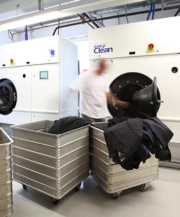 Textilreinigung bei Wasserschaden - schnell und unkompliziert